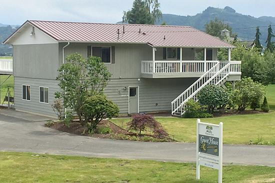 page-top-guesthouse-maplehurst-farm