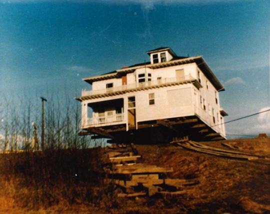 Maplehurst Farm History